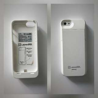 Lenmar iPhone5 charging case