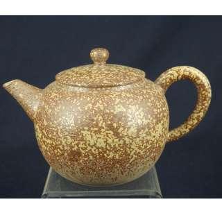 日本陶瓷壺