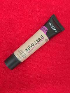 Loreal Infallible total cover in Creamy Natural (302)