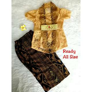 Kebaya (beautiful kid kebaya)