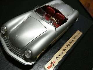 Porsche No.1 Type 356 Roadster 1948 1/18 Maisto Diecast