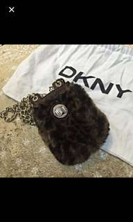 DKNY small pouch/ sling bag