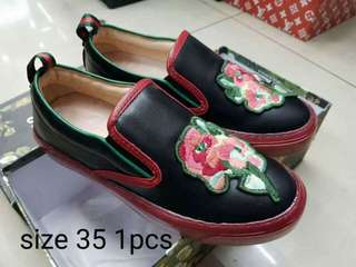 Gucci 🚩🚩Sale 1pair only hurry! !