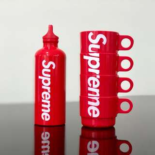 Supreme SIGG Traveller 0.6L Water Bottle