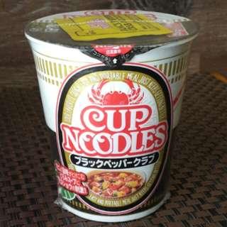 日清黑椒炒蟹味杯麵