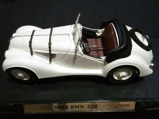 BMW 328 1940 Convertible 1/18 Road Signature Diecast
