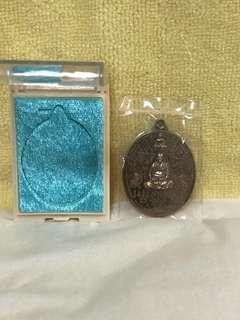 Thai Amulet Lp pong ( Behind Flat )
