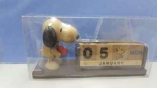 Snoopy 木製萬年曆