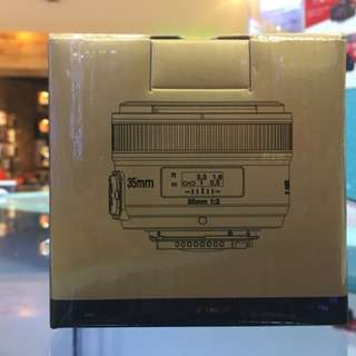 Yongnuo 35mm F2 Canon