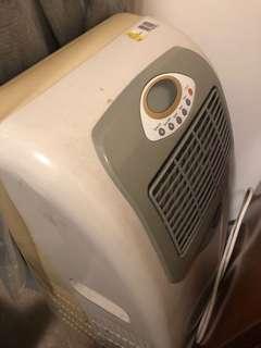 Clausen portable air conditioner
