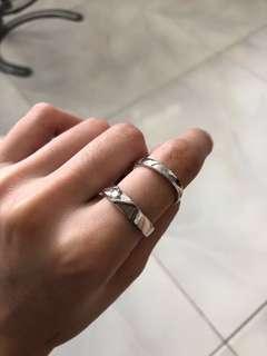 $2 ring