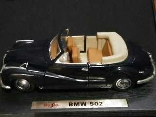 BMW 502 1955 1/18 Maisto Diecast