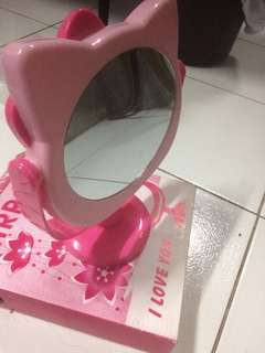 Hello Kitty Mirror For only P380