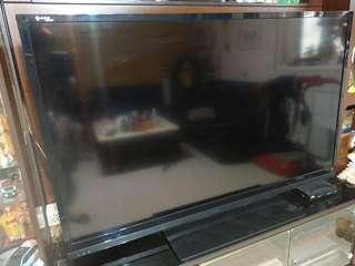 🚚 中華電信 電視mod 60吋鴻海大電視