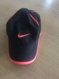 nike featherlight dri-fit baseball cap