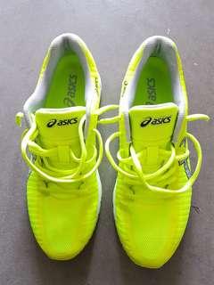 *URGENT TO SELL* Asics shoe