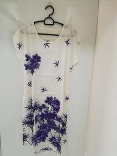 Free - To Bless - Silk dress with string