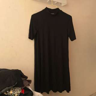 🇬🇧TOPSHOP black high neck dress. Size uk 4