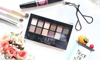 Maybelline Nudes Palette. Like New!