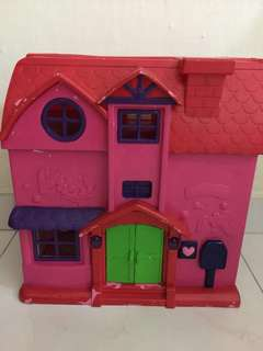 Doll House negotiable