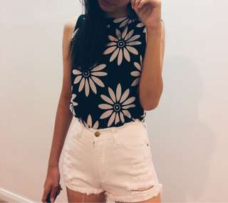 Brand new flora top & denim white shorts