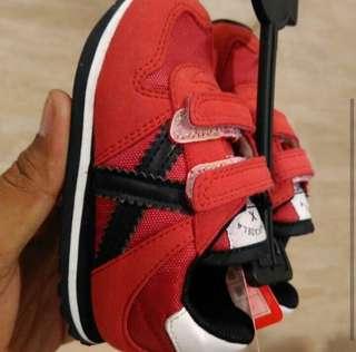 Sepatu Baby Munich