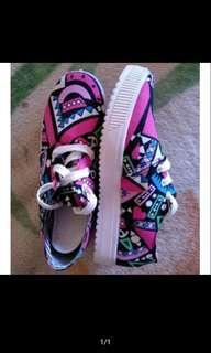 Korean Aztec sneaker