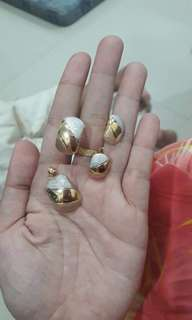 18ct solid gold set