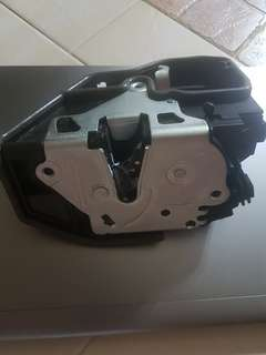 bmw e90 door lock actuator (brand new)