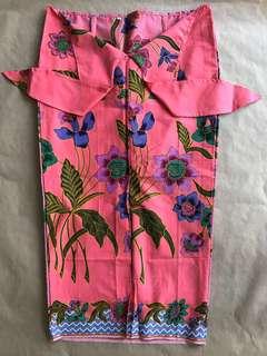 (S) Coral floral 3/4 batik skirt
