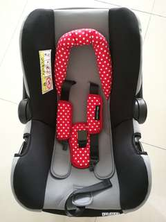 INFANT CARRIER CARSEAT SWEET CHERRY