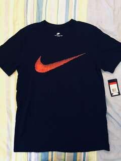 🚚 Nike 短T 黑底紅勾
