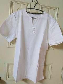 🚚 百搭簡約素面白色短袖上衣T恤
