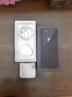 Iphone 8 64gb space gray warranty till 01/10/18