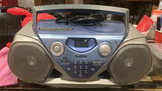 Philips Radio - radio masih fungsi. Tape & CD tak jalan.