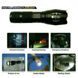 CREE XM-L T6 2800lm Flashlight x2000 zoomable