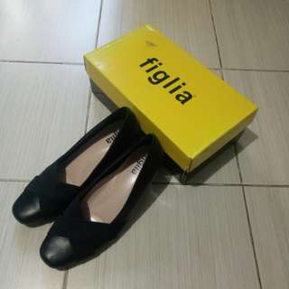 Figlia Black Shoes with Heels (2 inches)