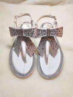 Rene Caovilla 2018新款蝴蝶結鑽飾夾趾涼鞋