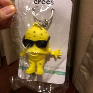 Gantungan kunci crocs