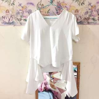Dotdtails White Top