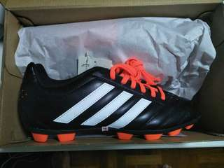 FREE - Adidas Soccer Boots (To Give Away)