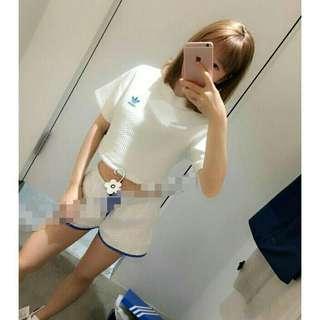 🚚 Adidas 白色短版短袖上衣螺紋短袖T