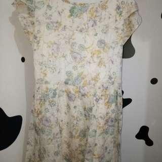 Dress bunga murah banget beli sekaligus beramal ya cek yuk