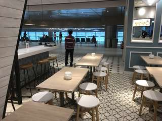 Mini resturant for lease at Changi Airport