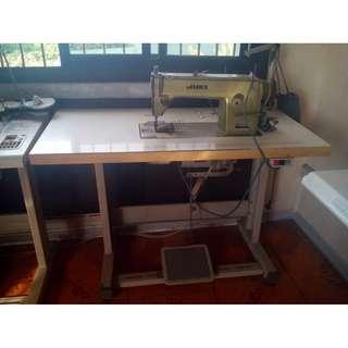 JUKI HIGHSPEED SEWING MACHINE