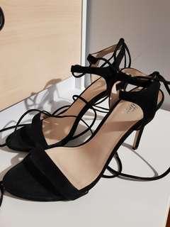 Wittner Ankle Tie Up Heels