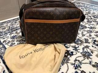 LV men's size bag 95%新