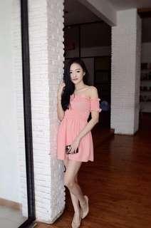 Ruffle dress pink