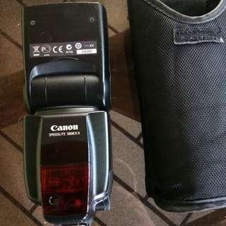 Canon 580exII speedlite