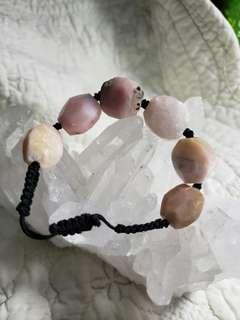 粉紅澳寶原石